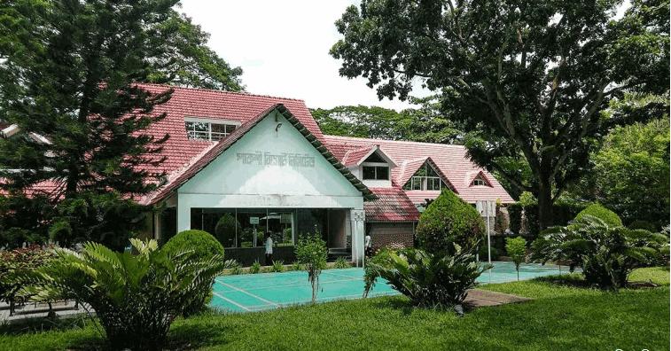 Pakshi Resort