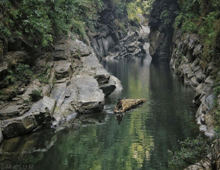 Velakhum