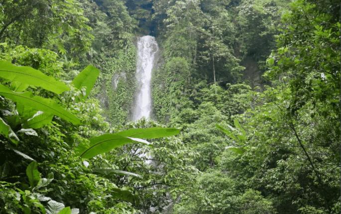 Parikunda Waterfall