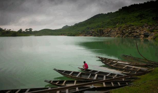 Tekerghat Or Limestone Lake
