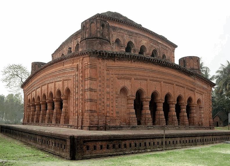 Nabratna Temple Of Hatikumrul