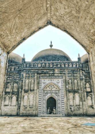 Etna Shahi Mosque