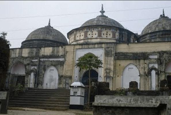 Tita Kha Mosque